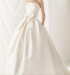 Featured Wedding Dress:Rosa Clara;www.rosaclara.es/en; Wedding dress idea.
