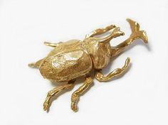 (パルナートポック)Palnart Poc カブトムシ ブローチ (ゴールド)昆虫 かわいい 夏休み おもしろ 個性的 子ども 採集 Brough Superior ブラフシューぺリア