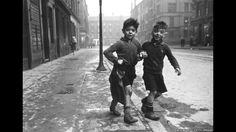 Bert Hardy trabalhava com câmera de segunda mão para retratar realidade da Grã-Bretanha