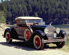 1929 Packard Custom Eight Runabout (640-342)