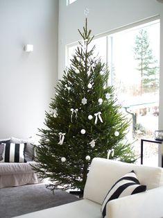 Winter Christmas, Christmas Time, Candles, Halloween, Holiday Decor, Holidays, Inspiration, Home Decor, Biblical Inspiration