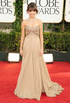 Sarah Hyland - 68th Annual Golden Globe Awards - Arrivals