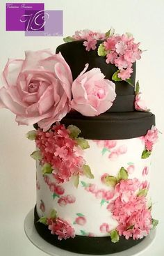 Romantic Roses  - Cake by Valentina Graniero