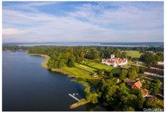 Bosjökloster Slott vackert omgiven av Ringsjön Jägarexamen