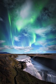 by Joaquin Duran Iceland Travel Honeymoon Backpack Backpacking Vacation Iceland Travel, Cityscape Photography, Travel Photography, Holiday Iceland, National Geographic Photography, Iceland Landscape, Iceland Photos, Beautiful Places To Travel, Waterfalls