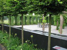 Exclusieve tuinen   Exclusieve tuin bij een luxe villa