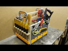 A place for every thing and every thing in it's place Woodworking Organization, Small Woodworking Projects, Woodworking Workshop, Garage Organization, Diy Wood Projects, Tool Box Diy, Wood Tool Box, Wood Tools, Tool Storage