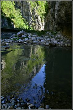 Cheile Sohodol Brancusi Sculpture, Romania, Waterfall, Beautiful Places, River, Outdoor, Outdoors, Waterfalls, Outdoor Games