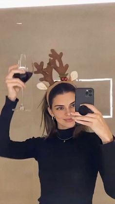 Kendall Jenner Icons, Kendall And Kylie, Kendall Jenner Selfie, Kardashian Kollection, Kardashian Jenner, Kendalll Jenner, Robert Kardashian, Celebs, Celebrities
