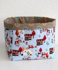 Stoffkorb aus Stoffquadraten - Nähanleitung via Makerist.de