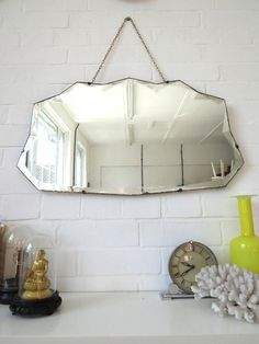 Art Deco Mirror with Bevelled Edge por uulipolli en Etsy Unique Mirrors, Old Mirrors, Vintage Mirrors, Art Deco Mirror, Mirror Wall Art, Art Et Architecture, Girl Cave, Frameless Mirror, Life Design