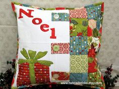 quilted christmas pillows | Quilted throw pillow, Quilted Christmas Pillow, Appliqued throw pillow ...