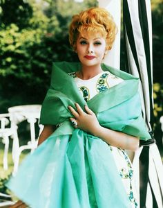 Things We Learned From Lucille Ball lucille ball.read Things We Learned From Lucille Ball lucille ball. Lucille Ball, I Love Lucy, Classic Hollywood, Old Hollywood, Hollywood Glamour, Hollywood Actresses, Hollywood Divas, Classic Actresses, Beverly Hills