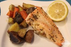 One Pan Meal: Salmon with Roasted Potatoes and Carrots