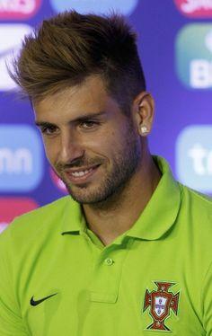 Miguel Veloso. Portugal Soccer! ;)