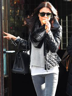 Star Tracks: Thursday, February 5, 2015 | COOKIE MONSTER | Real Housewives of New York star Bethenny Frankel munches on a snack while in New York's Tribeca neighborhood on Wednesday.