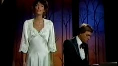 The Carpenters - Ave Maria Karen Carpenter, Kinds Of Music, Music Is Life, Yesterday And Today, Classical Music, Music Videos, Singing, Songs