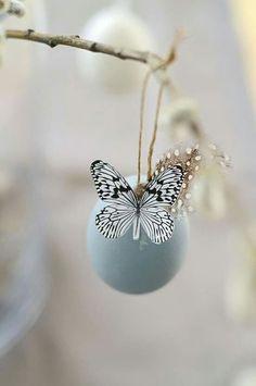 Uovo con farfalla