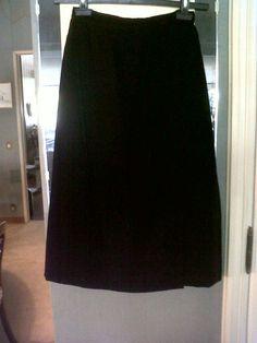 Elegant 70s Midi velvet skirt with velvet quilted vest