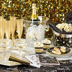 new years eve table settings ur way