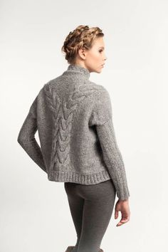 travelling cable back sweater