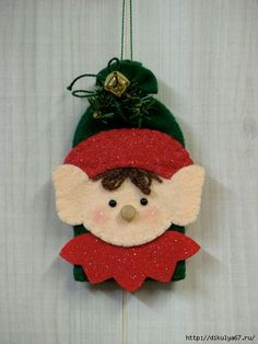 Tree Trimmers Too! Christmas Ornament Crafts, Felt Ornaments, Christmas Projects, Felt Crafts, Christmas Tree Ornaments, Holiday Crafts, Felt Decorations, Christmas Decorations To Make, All Things Christmas