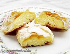 Strudel, Relleno, Camembert Cheese, Healthy Recipes, Healthy Food, Muffin, Dairy, Meat, Food