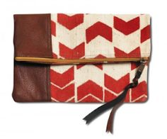Cute #Toms #Red arrow clutch http://rstyle.me/n/f8f43r9te