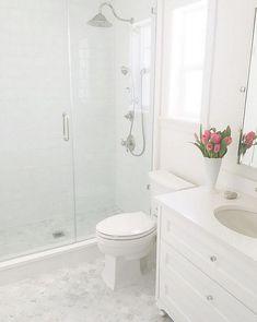40 Apartment Bathroom Remodel Ideas on A Budget - Bathroom design small - Bathroom Decor Bathroom Kids, Bathroom Design Small, Master Bathroom, Bathroom Marble, Bathroom Designs, Budget Bathroom, Master Baths, Bathroom Interior, Master Shower