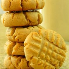Low Sugar Cookie Recipes - Classic Peanut Butter Cookies