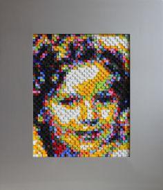 """""""Shirley Temple"""" costrucción de Cubos de madera de 1 cm sobre madera porcion 85cm por 75cm"""