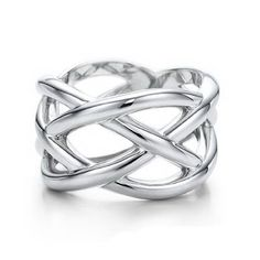 Tiffany and co Knots Ring jewelry This Tiffany Jewelry Product Features: Category: Tiffany & Co Rings Material: Sterling Silver Bling Bling, Tiffany And Co Outlet, Tiffany Jewelry, Tiffany Necklace, Onyx Necklace, Mode Style, Girls Best Friend, Just In Case, Eyewear