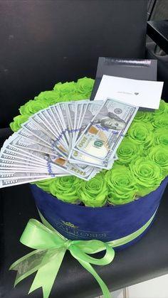 Birthday Goals, Cute Birthday Gift, Girl Birthday, Creative Money Gifts, Creative Ideas, Family Fun Day, Bestie Gifts, Mood Instagram, Couple Relationship
