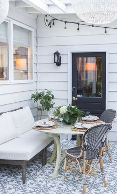 Zevy Joy styles her outdoor dining space with Frontgate's Paris Bistro Chairs in Black. Outdoor Rooms, Outdoor Dining, Outdoor Decor, Outdoor Kitchens, Patio Dining, Outdoor Fun, Dining Area, Back Patio, Backyard Patio