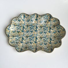Vintage Scalloped Tray Painted Paper Mache Made in by PowersMod