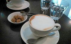 白金台のカフェ