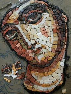 Mosaic Projects, Mosaic Ideas, Yarn Painting, Mosaic Art, Spiderman, Faces, Superhero, Fictional Characters, Stained Glass Panels