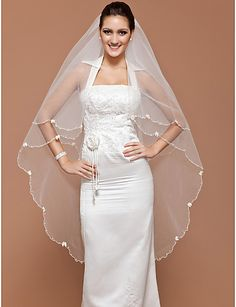 One-tier Tulle Waltz Wedding Veil With Scalloped Edge (More Colors Available)