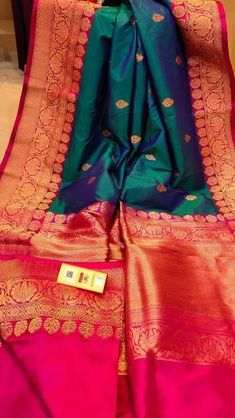 wedding saree Banarasi Silk Saree with Antique Zari Work Blue Silk Saree, Kanjivaram Sarees Silk, Indian Silk Sarees, Soft Silk Sarees, Khadi Saree, Satin Saree, Green Saree, Kanchipuram Saree, Bridal Sarees South Indian