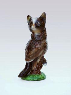 As surreais esculturas com animais híbridos de porcelana de Debra Broz