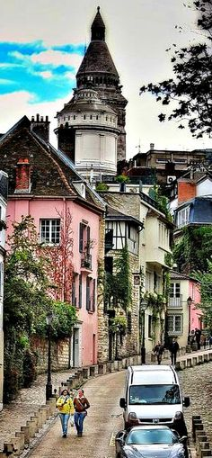 """A walk about Paris will provide lessons in history, beauty, and in the point of Life.""  ...Thomas Jefferson  photo is Montmartre, Paris."
