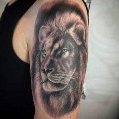 Lion portrait   #hautdesign #tattoo #hautdesigntattoo #ogfinestart #ink #art #ac #artcoreconnection #trueartists #tattooistartmagazine #tattooistartmag #inkmobb #inkfreakz #TheDailyTattoos #inkjunkeyz #tattoofreakz_dot_com #myworldofink #thebesttattooarti