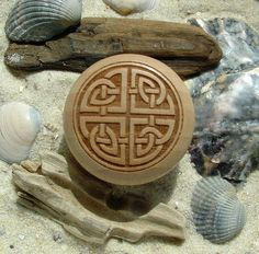 Furniture knob engraving beech Celtic knot Celtic  by Seemannsgarn
