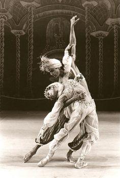 Yolonda Jordan D'Amico with Joe Alegado (Nutcracker Arabian) #dance #ballet