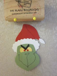 Stampin Up Halloween Punch Arts Christmas Craft Fair, Christmas Punch, Holiday Crafts For Kids, Christmas Paper, Holiday Ideas, Grinch Christmas, Christmas Ideas, Xmas, Paper Punch Art