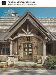 Love the covered peaked entry Exterior House Colors, Exterior Design, Cabana, Rustic Home Design, Future House, Home Remodeling, Modern Farmhouse, Beautiful Homes, House Plans
