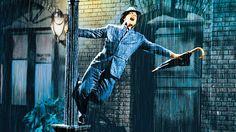 Llueve, llueve, llueve, pero el paseo es tan agradable, las sensaciones tan vibrantes y la necesidad de bailar tan potente que a la mente...