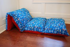 Sew Sweet Cottage: Pillow Beds DIY - fold a twin sheet in half long ways, then sew 4-5 sections the size of a pillow case, next insert pillows leaving ends open to remove pillows and wash. Or sew pillowcases together, or 3 yds fabric and 4 pillows
