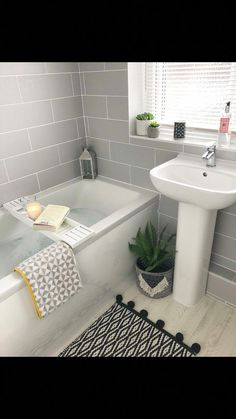 Bathroom Decor rental Check out this essential photo as well as examine the shown ideas on Renovate Small Bathroom Diy Bathroom, Small Bathroom Storage, Family Bathroom, Bathroom Design Small, Bathroom Renos, Bathroom Interior Design, Bathroom Renovations, Bathroom Faucets, Bathroom Goals