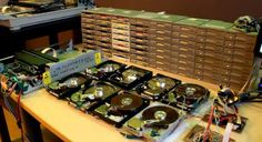 'Sandstorm' Played On A Bunch Of Floppy Drives WillUndoubtedlyTake You To Some WeirdNostalgic Place